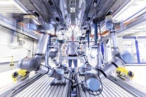 Schraubmontage bei Audi. Smart Factory.